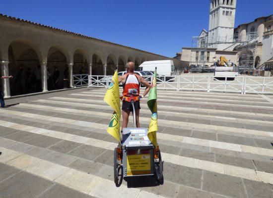 Nove Assisi video